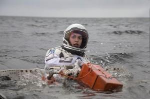 Anne Hathaway em cena do filme