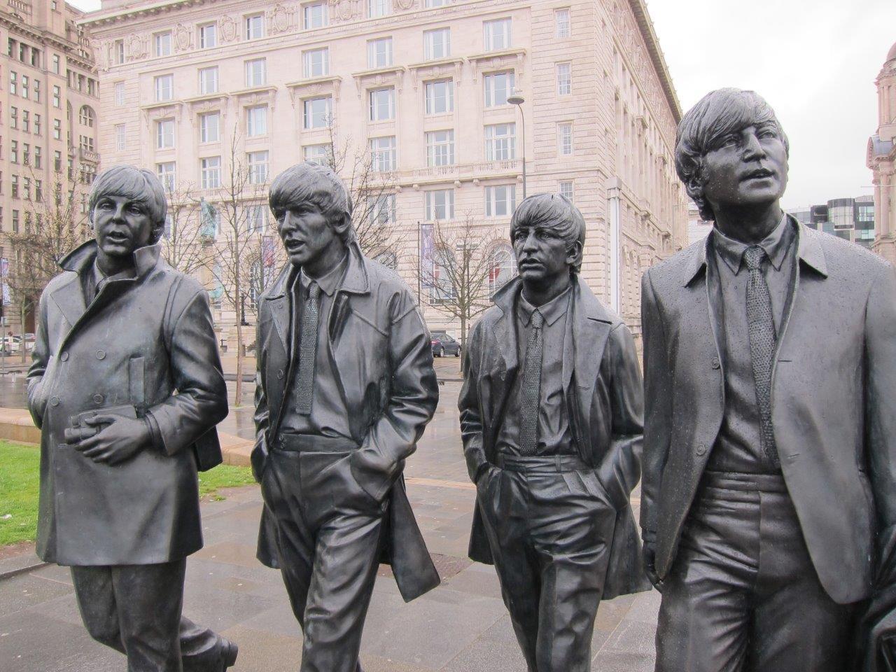 All You Need – Em busca dos Quatro Fabulosos, na cidade maravilhosa de Liverpool…