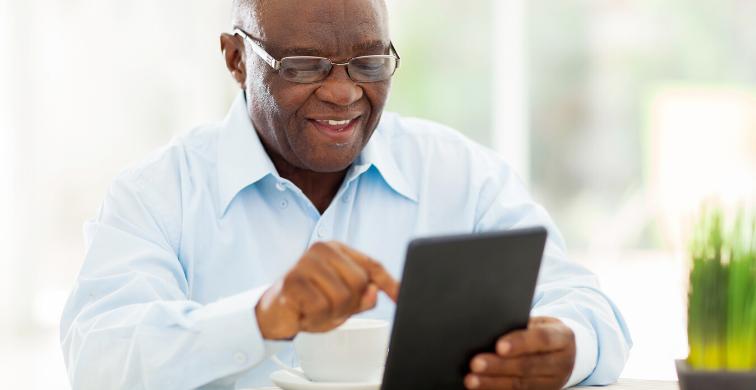 Universidade Madura!  PUCRS lança programação online para idosos